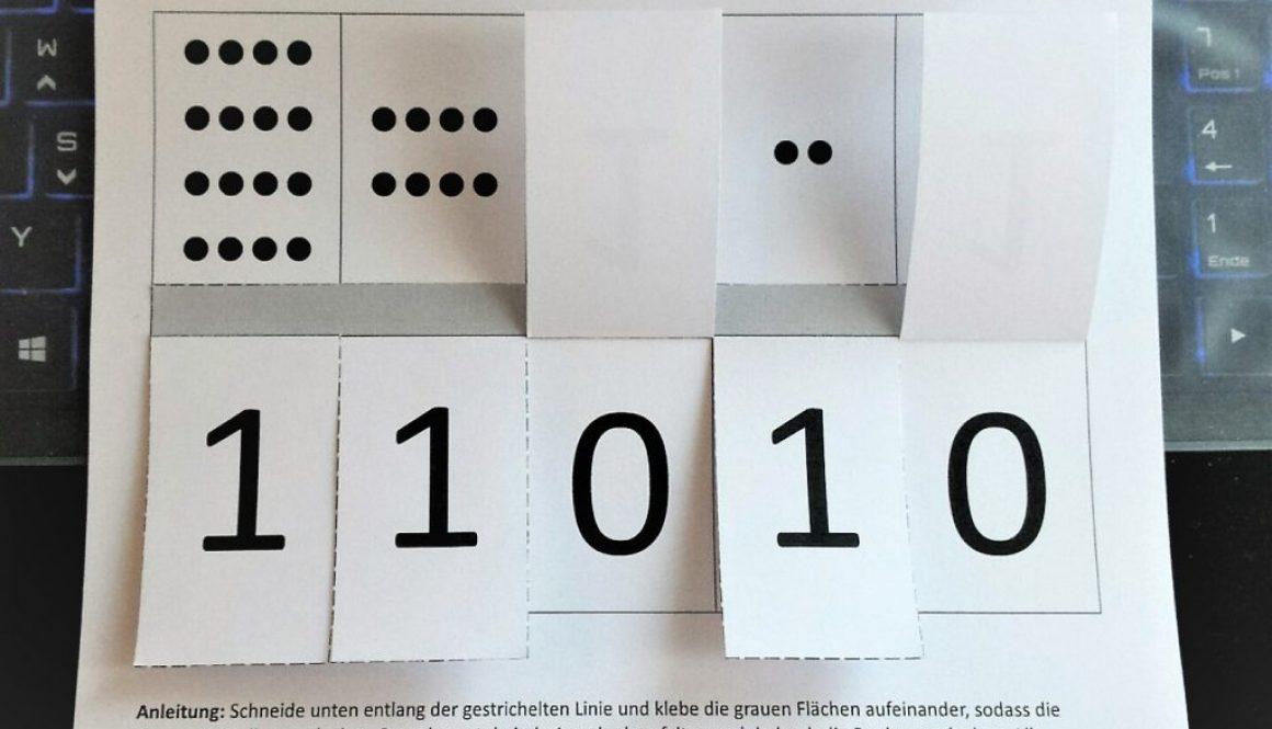 Binärrechner aus Papier